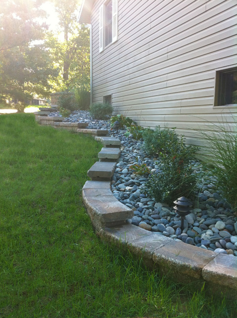 Stepped Retaining Wall Traditional Landscape St