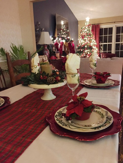 Christmas Tablescape by Crystal Ortiz
