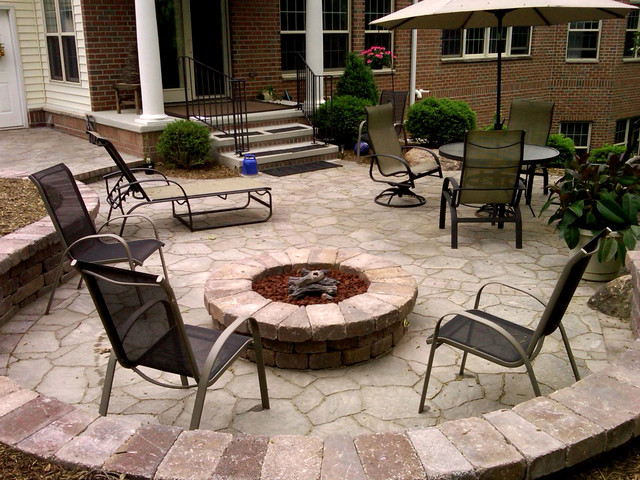 Paver Patio & Fire Pit on Paver Patio Designs With Fire Pit id=71185