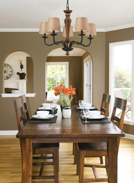 Early American Metal And Wood Chandelier Traditional Dining Room