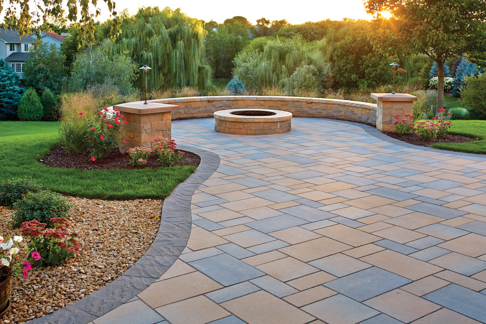 Picturesque Patio: Paver patio, fire pit and curved seat ... on Paver Patio Designs With Fire Pit id=60676
