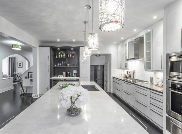 Grey And White Kitchen Decor
