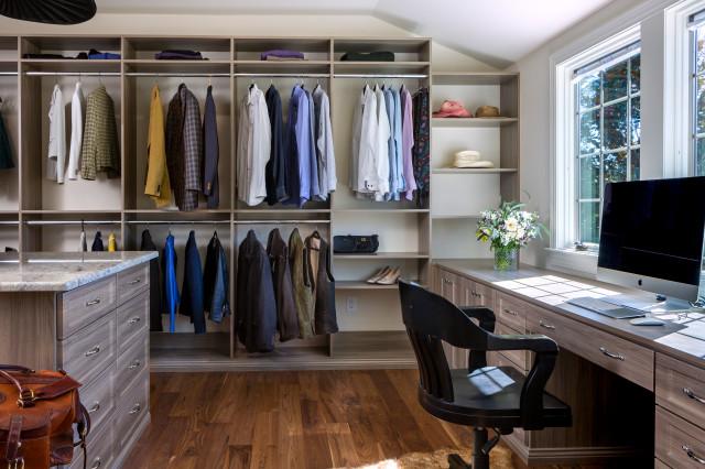Alair Homes transitional-closet