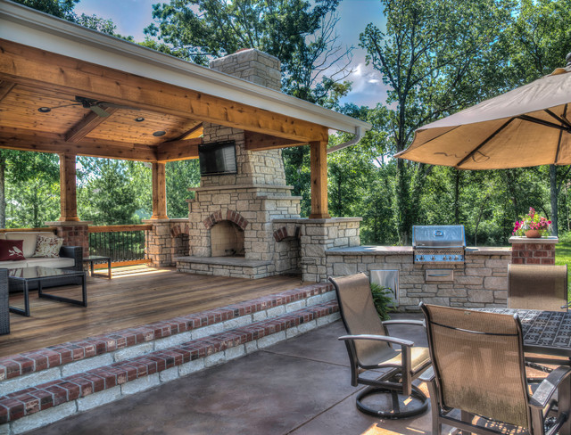 Outdoor Living Rooms - Traditional - Patio - St Louis - by ... on Outdoor Living And Patio id=88380