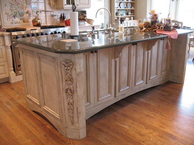 French Country Kitchen Island Traditional Kitchen