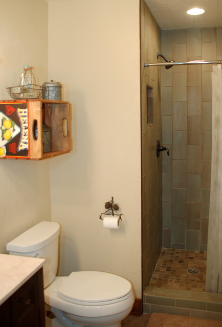 Serene Lakes Cabin rustic-bathroom