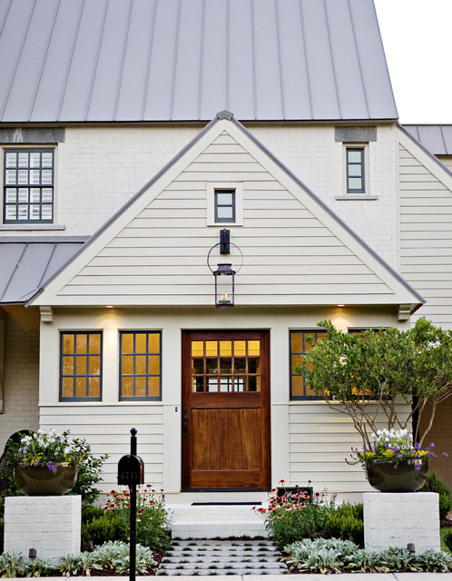 t-Olive Properties exterior traditional-entry