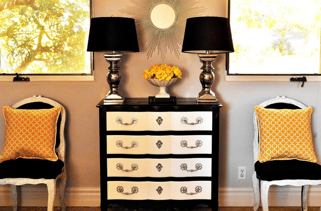 Black And White Bedroom Wirh Gray Gold Accents Traditional. Black White Grey Gold Bedroom   Bedroom Style Ideas