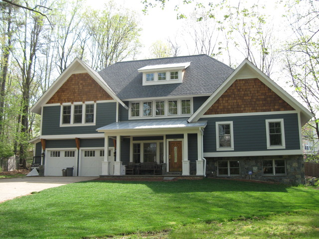Split Level Pop Top Traditional Exterior