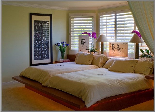 Double Queen Beds For An Old Married Contemporary Bedroom