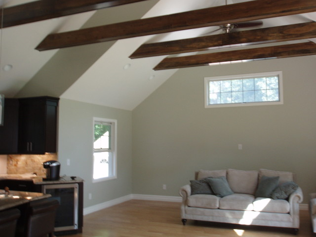 Vaulted ceilings with exposed beams for Vaulted ceiling with exposed beams