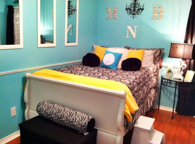 Chic And Elegant Teen Room Traditional Kids Dallas