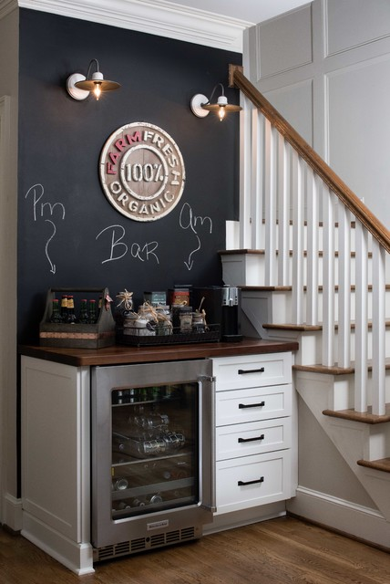 Farmhouse Style- East Cobb farmhouse-home-bar