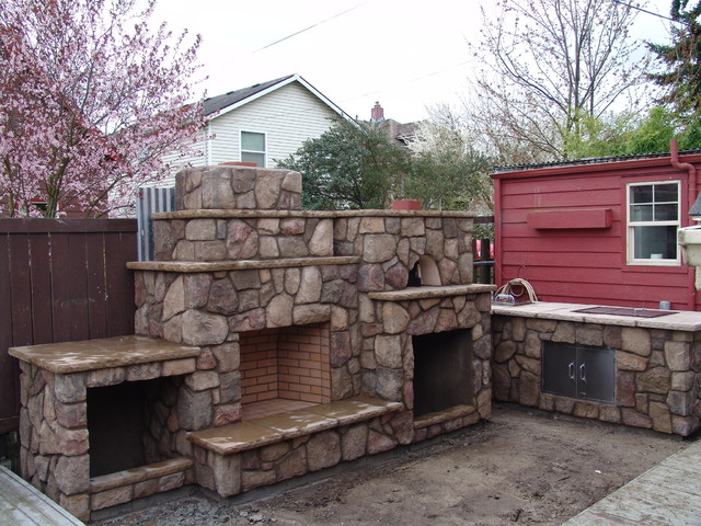 Outdoor Fireplace with Pizza Oven - Traditional - Patio ... on Outdoor Patio With Pizza Oven  id=57985
