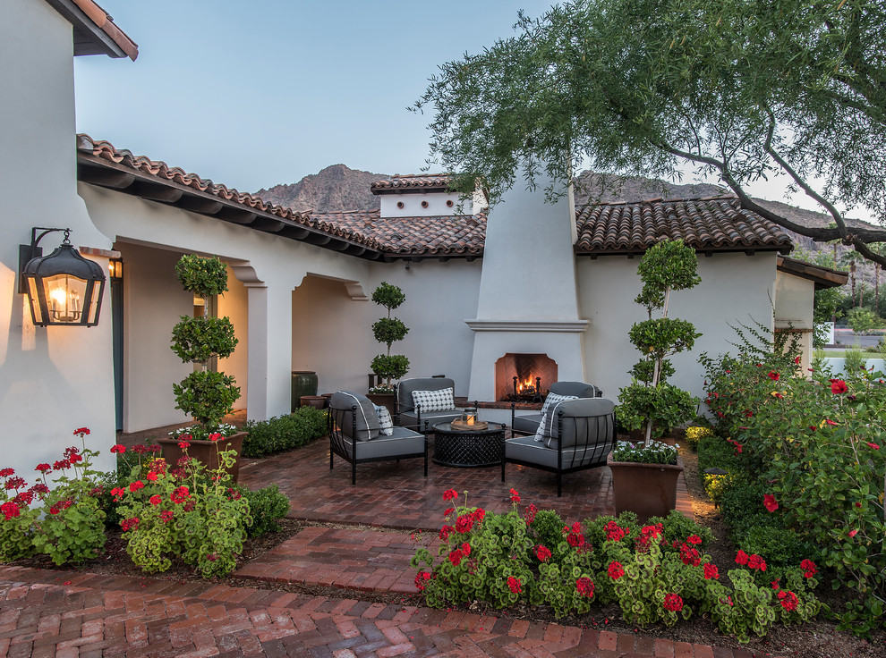 Arcadia Spanish Colonial | Courtyard - Mediterranean ... on Arcadia Backyard Designs id=91490