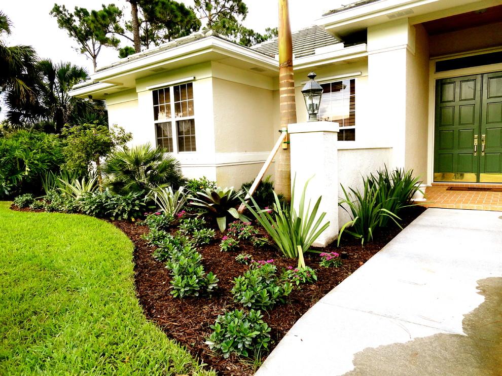 Vero Beach FL. Front yard landscape - Tropical - Landscape ... on Tropical Landscaping Ideas For Small Yards id=52662