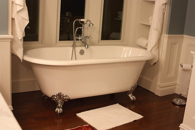 Victoria And Albert Cheshire Clawfoot Tub Traditional Bathroom New York By Quality Bath
