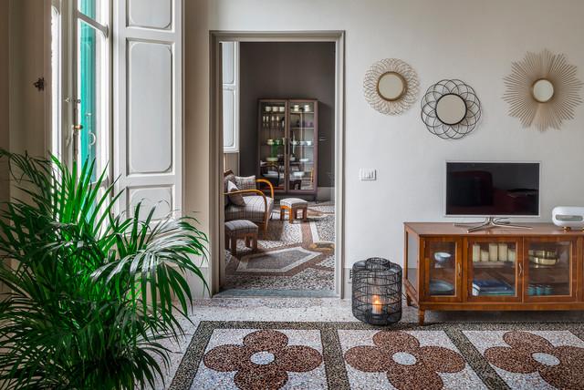 Per il soggiorno ad esempio potete optare per un divano dalle morbide forme. Tutto Sul Soggiorno In Stile Classico Contemporaneo