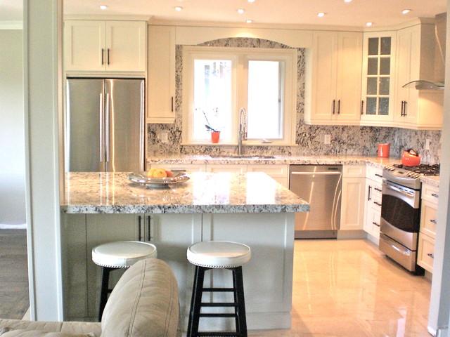 Small Kitchen Renovation - Traditional - Kitchen - Toronto ... on Small Kitchen Renovation  id=68043