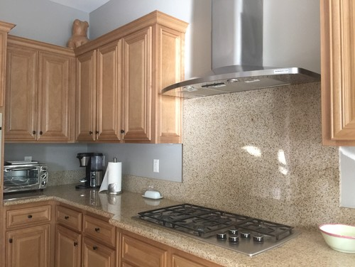 Does a white and grey quartz countertop match maple cabinets? on Maple Kitchen Cabinets With Quartz Countertops  id=92274