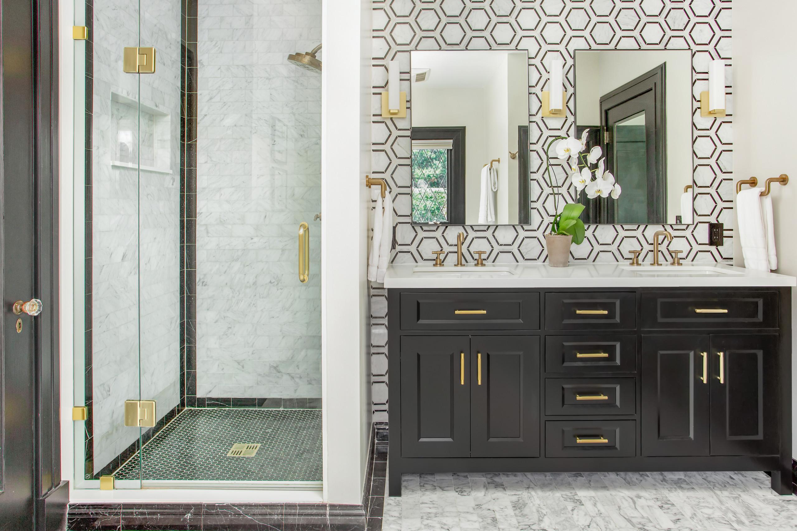 black and white marble floor bathroom