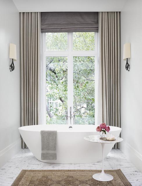 per delle tende per bagno moderno potete sempre optare per quelle trasparenti, a effetto vetro. Che Tende Usare Per La Finestra Del Bagno 19 Bellissime Risposte