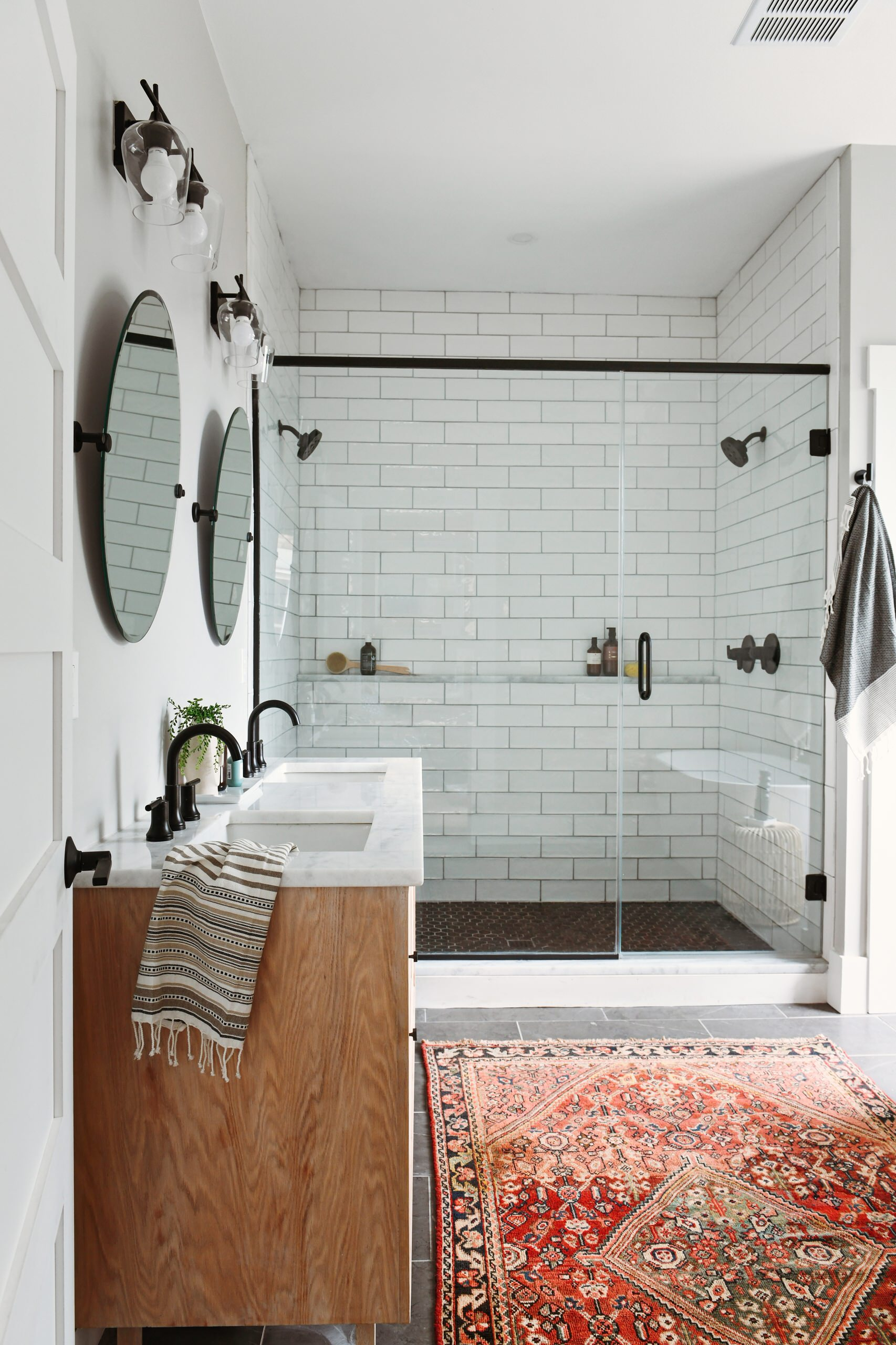 75 beautiful small subway tile bathroom pictures ideas may 2021 houzz