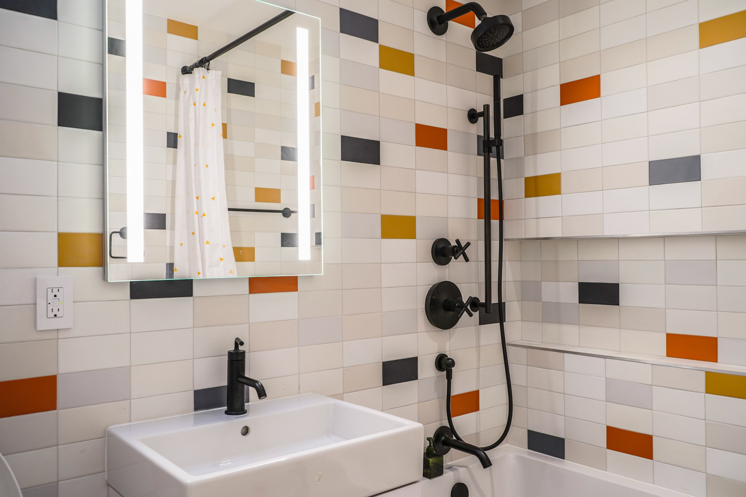 ceramic tile kids bathroom