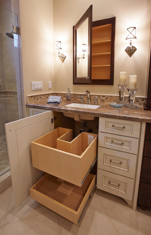 la costa traditional master bathroom