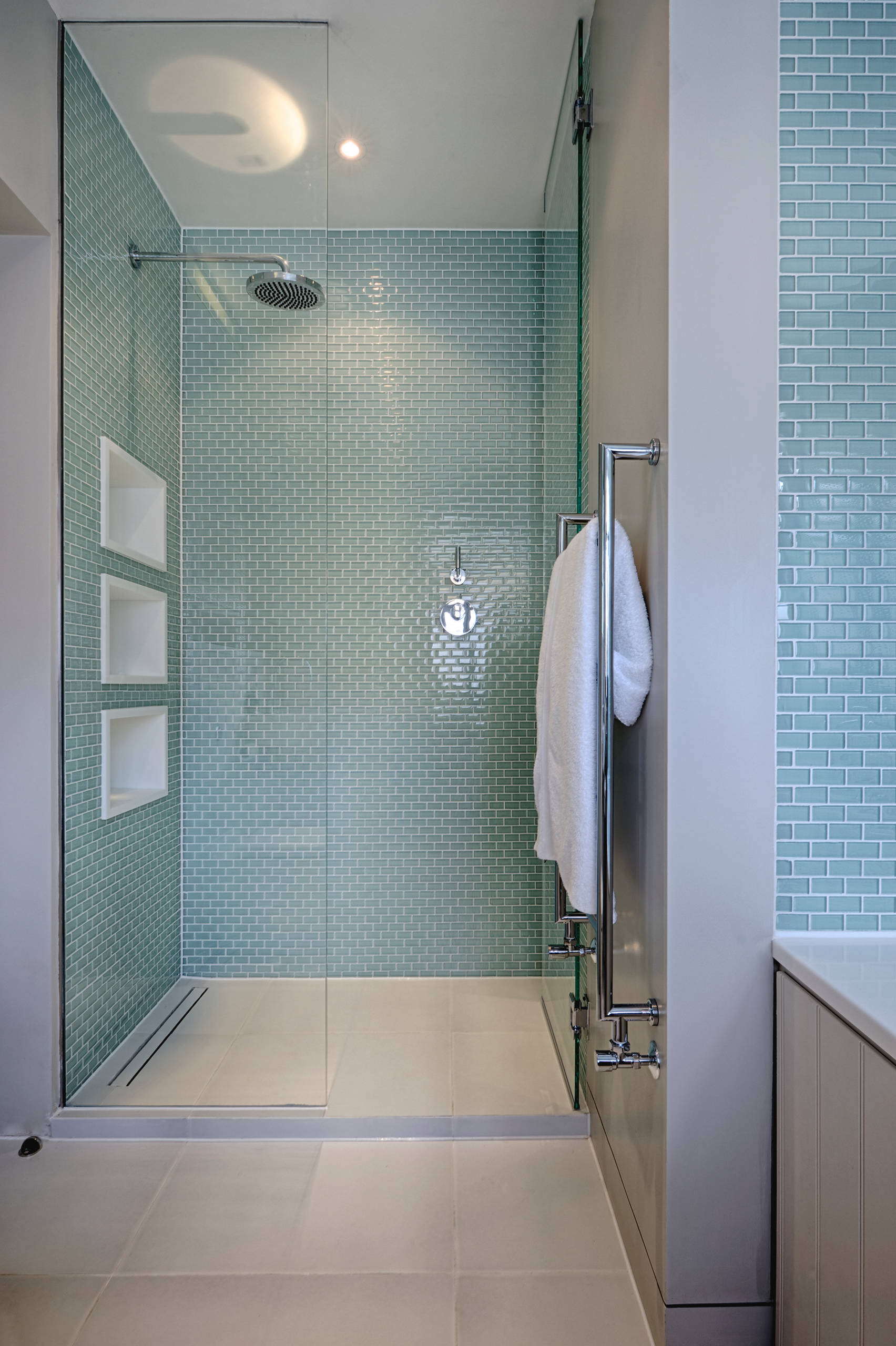 75 beautiful glass tile shower pictures