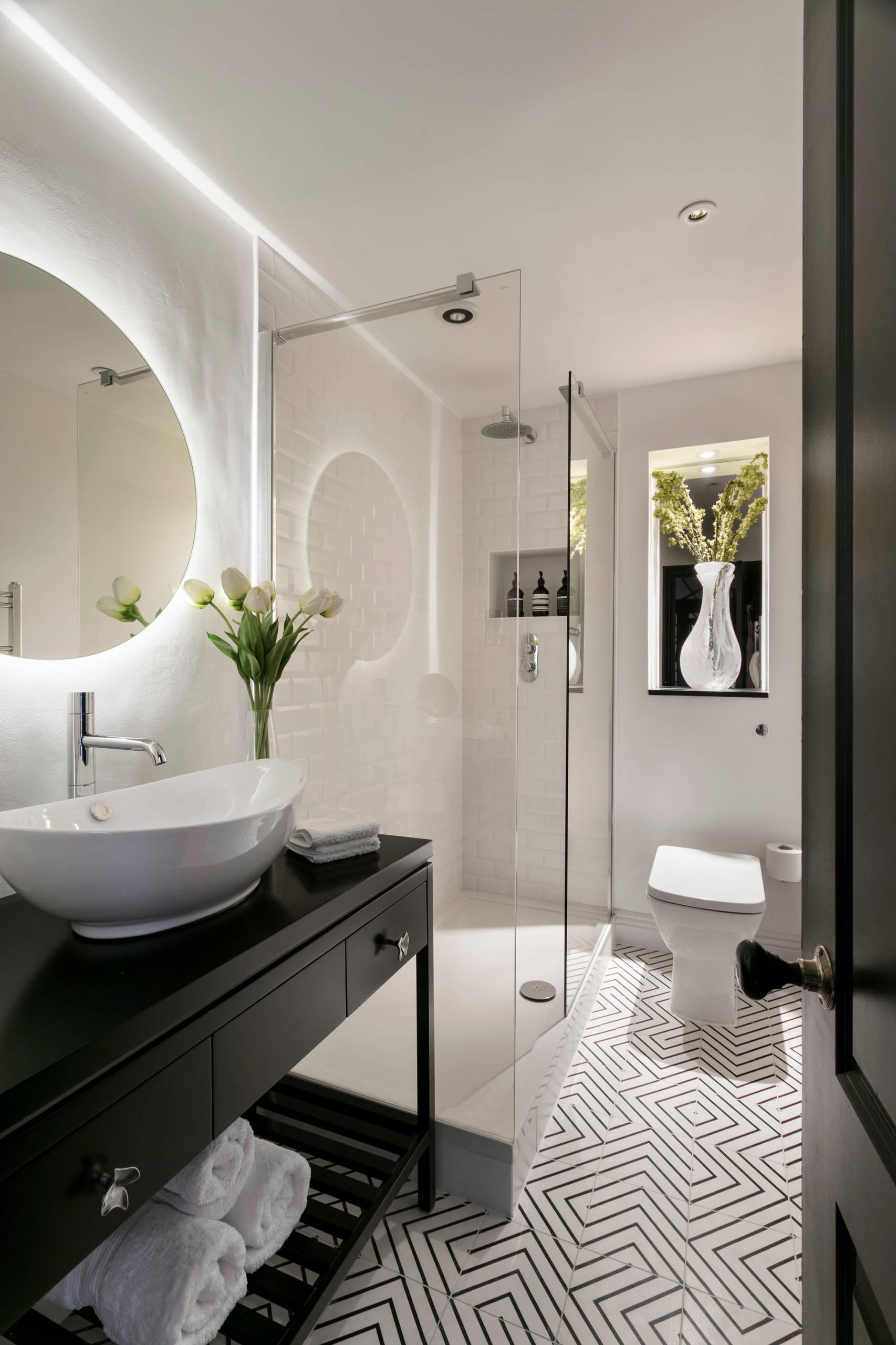 white tile bathroom pictures ideas