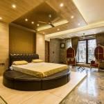75 Beautiful Marble Floor Bedroom With Beige Walls Pictures Ideas December 2020 Houzz