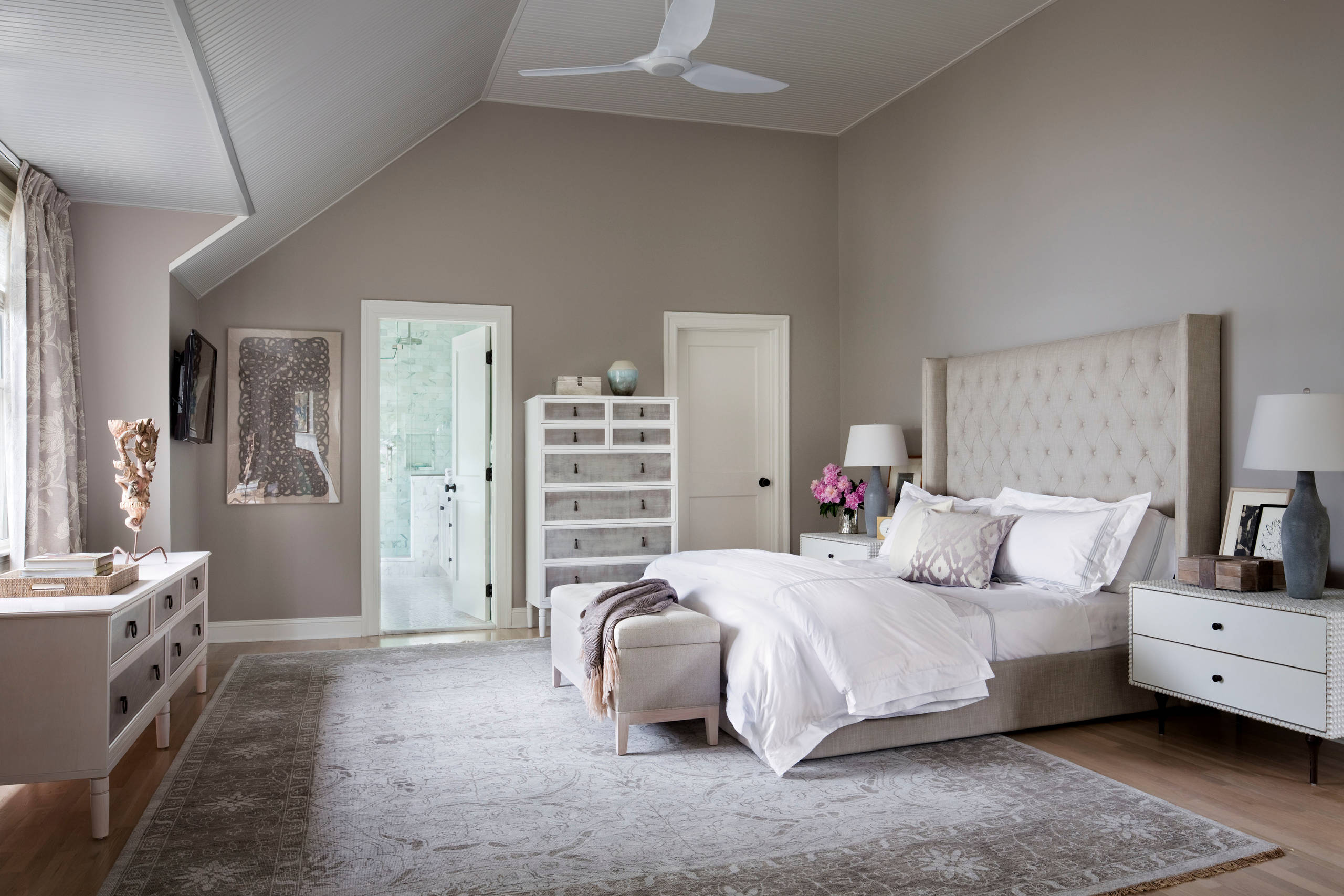white and silver bedroom ideas and