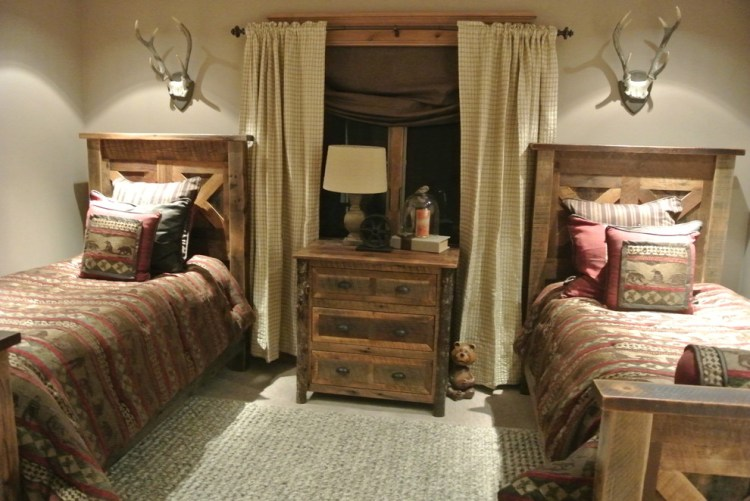 Luxe Hunting Lodge Rustic Bedroom Omaha By The Modern Hive