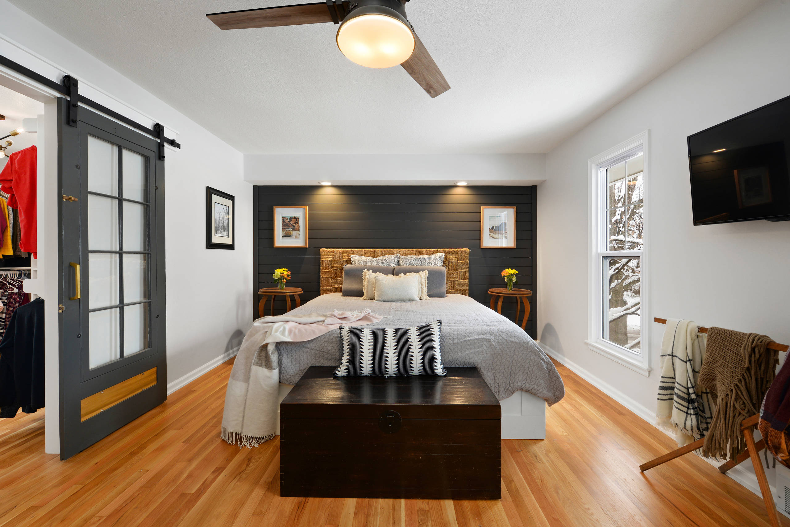 75 Beautiful Master Bedroom Pictures Ideas November 2020 Houzz