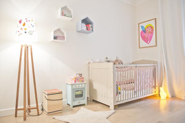 une chambre de bebe mixte