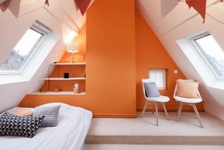 chambre avec un mur orange photos et