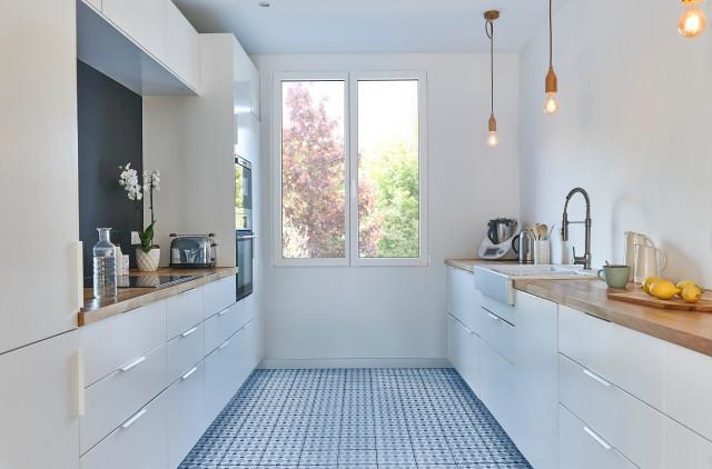 pin blanc pour cuisine moderne