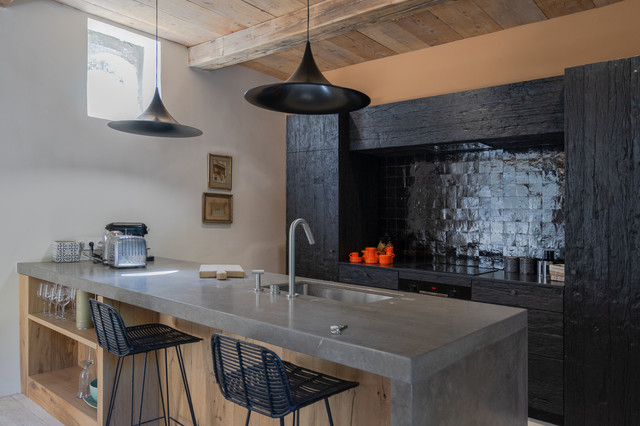 kitchen backsplashes that make a statement