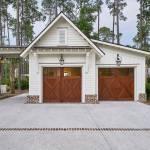 75 Beautiful Farmhouse Garage Pictures Ideas February 2021 Houzz