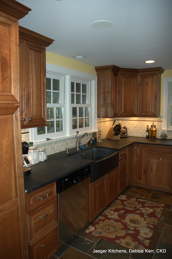 18 Appealing Old Farmhouse Kitchen Cabinets For Sale Vrogue Co