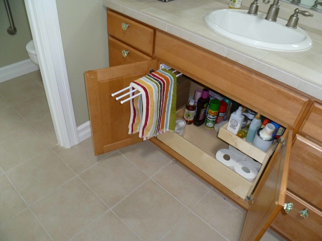 pull out towel rack american