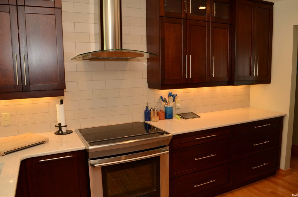 Warm Maple Kitchen with White Quartz - Kitchen - Toronto ... on Light Maple Cabinets With White Countertops  id=41102