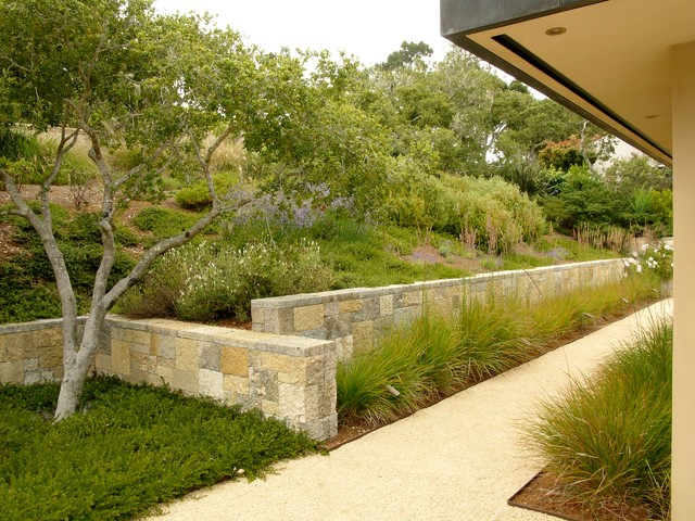 11 design solutions for sloping backyards