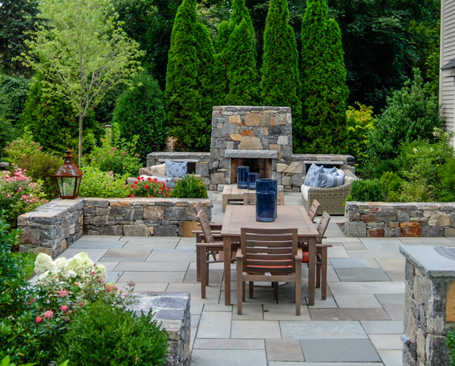 10 rock wall ideas for a style strong patio