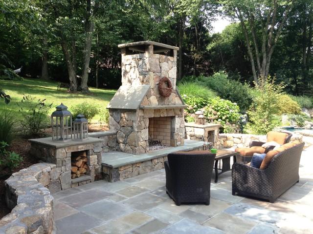 outdoor entertainment area klassisch