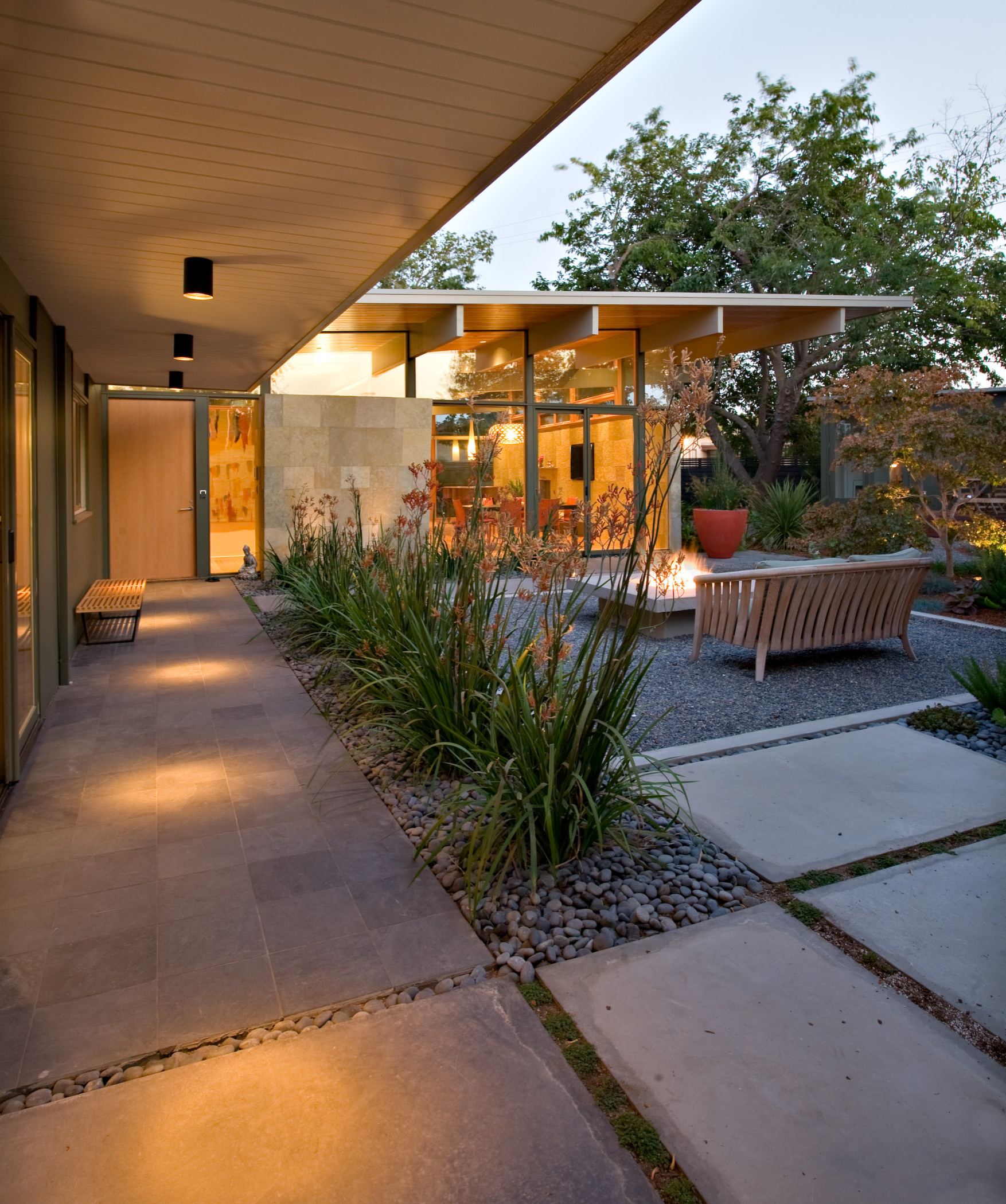 courtyard patio pictures ideas