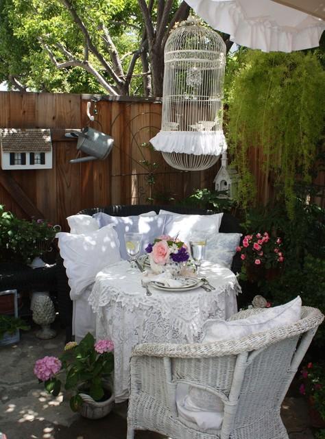 romantic cottage garden shabby chic