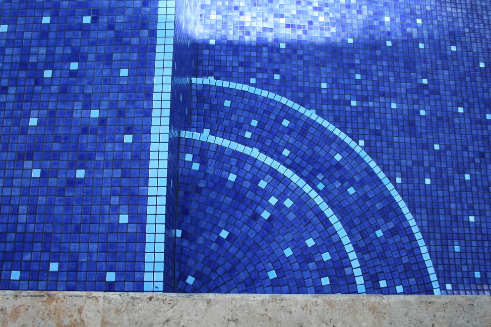 fluorescent tile which glows for 7