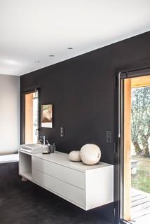 Salle De Bain Avec Un Mur Noir Photos Et Idees Deco De Salles De Bain Fevrier 2021 Houzz Fr